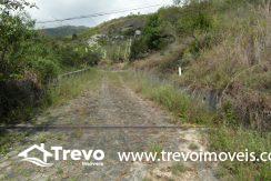 Lindo-terreno-a-venda-em-Ilhabela-perto-do-Vila21