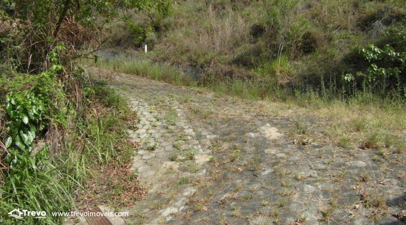 Lindo-terreno-a-venda-em-Ilhabela-perto-do-Vila22