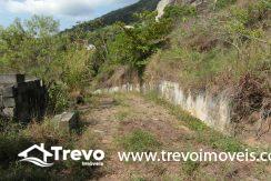 Lindo-terreno-a-venda-em-Ilhabela-perto-do-Vila3