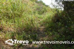 Lindo-terreno-a-venda-em-Ilhabela-perto-do-Vila4