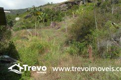 Lindo-terreno-a-venda-em-Ilhabela-perto-do-Vila6