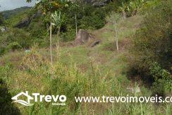 Lindo-terreno-a-venda-em-Ilhabela-perto-do-Vila9