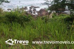 Lindo-terreno-de-costeira-a-venda-em-Ilhabela20