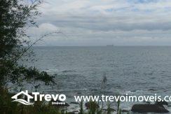 Lindo-terreno-de-costeira-a-venda-em-Ilhabela4
