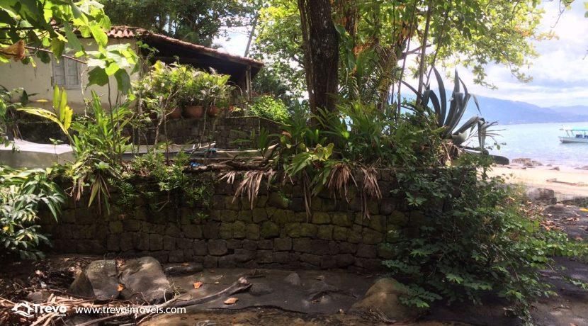casa-a-venda-em-Ilhabela-pé-na-areia21