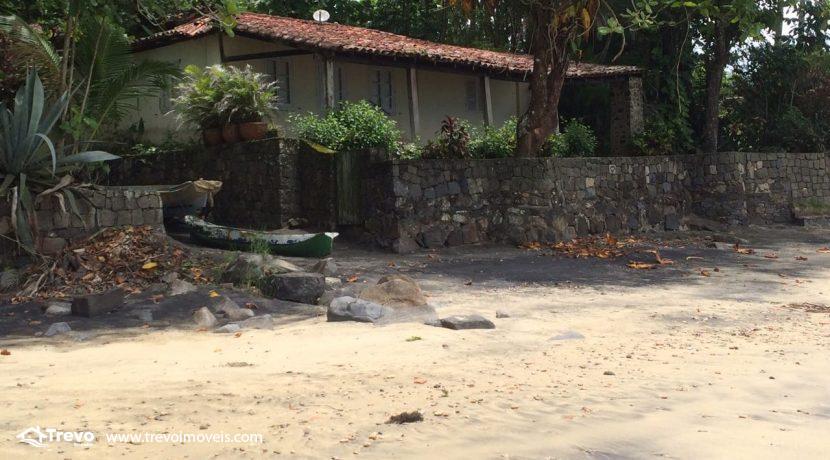 casa-a-venda-em-Ilhabela-pé-na-areia30