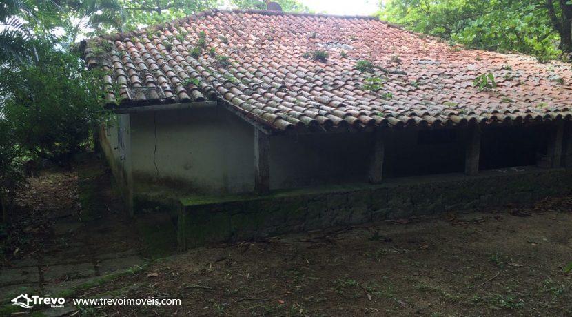 casa-a-venda-em-Ilhabela-pé-na-areia35