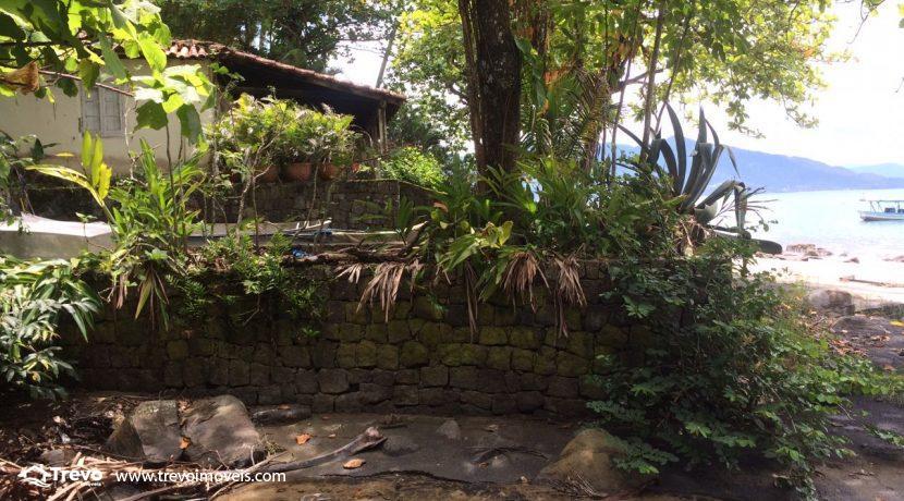 casa-a-venda-em-Ilhabela-pé-na-areia39