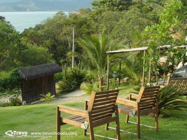 Casa Rustica a venda em Ilhabela