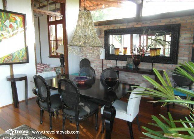 Casa-Rustica-a-venda-em-Ilhabela4