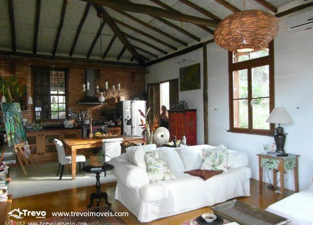Casa-Rustica-a-venda-em-Ilhabela5