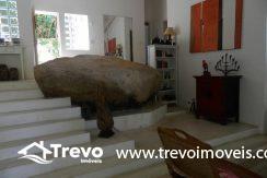 Casa-a-venda-em-Ilhabela-com-acesso-ao-mar-praia-e-costeira8