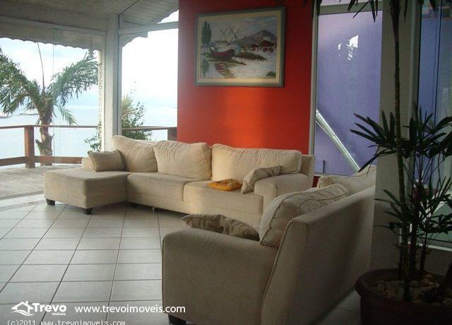 Casa-a-venda-em Ilhabela-em-condomínio-fechado8