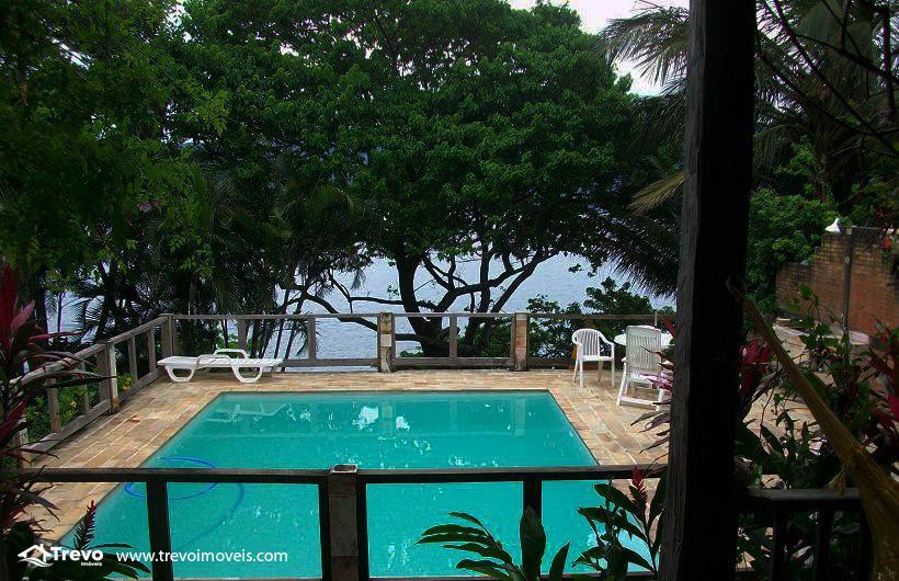 Casa a venda em Ilhabela na costeira