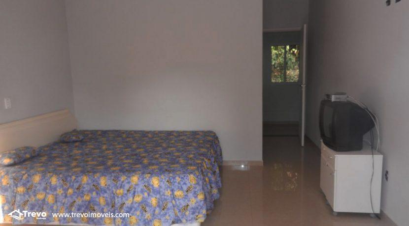 Casa-a-venda-em-condomínio-fechado-junto-a-cachoeira-em-ilhabela12