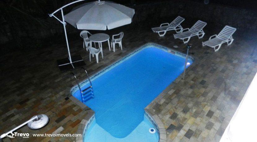 Casa-a-venda-em-condomínio-fechado-junto-a-cachoeira-em-ilhabela13