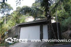 Casa-a-venda-em-condomínio-fechado-junto-a-cachoeira-em-ilhabela21