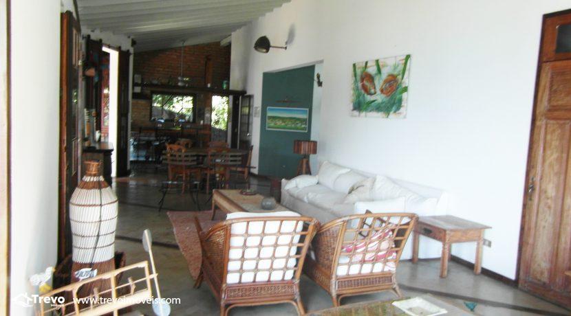 Casa-a-venda-na-costeira-em-Ilhabela12