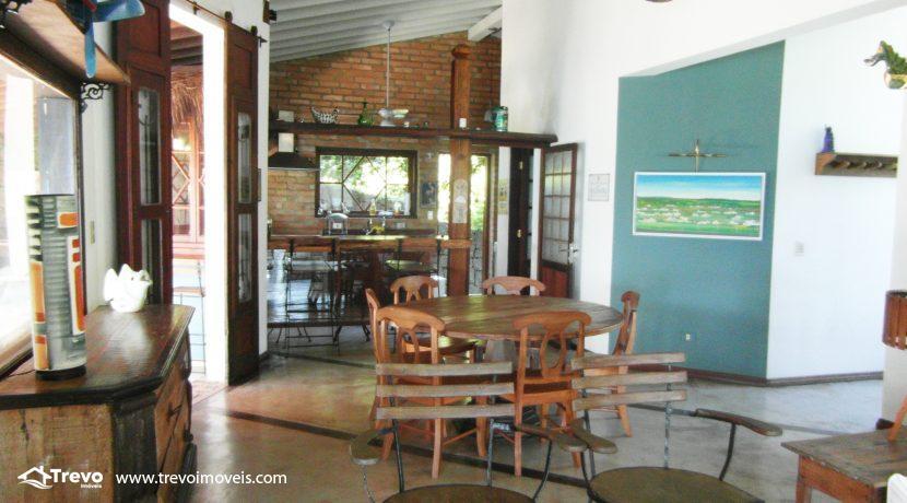 Casa-a-venda-na-costeira-em-Ilhabela13