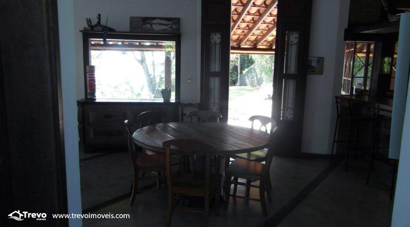 Casa-a-venda-na-costeira-em-Ilhabela16