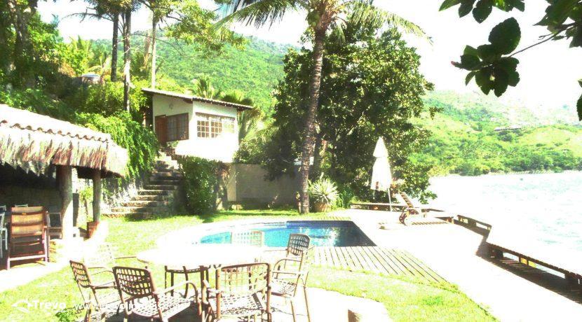 Casa-a-venda-na-costeira-em-Ilhabela4