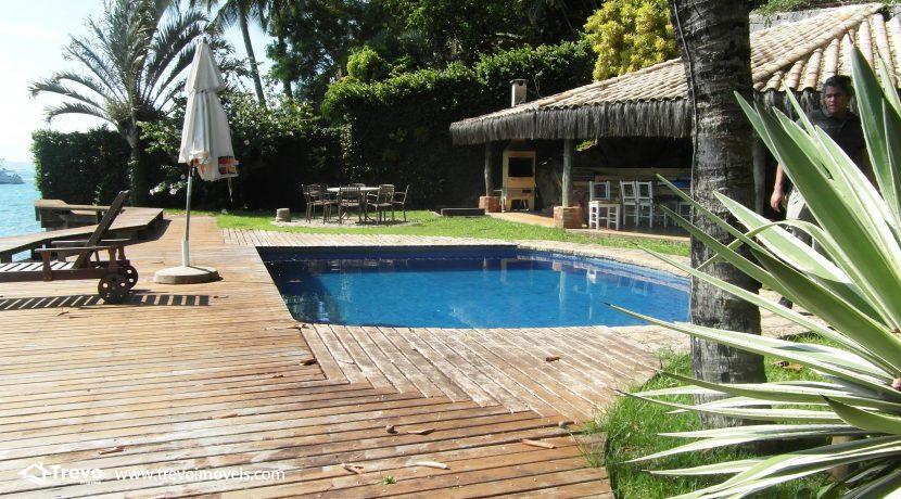 Casa-a-venda-na-costeira-em-Ilhabela7