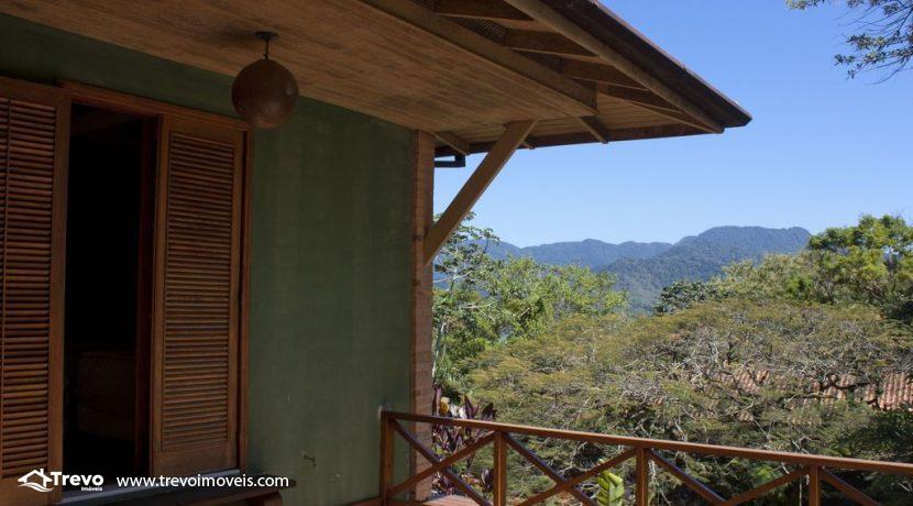 Linda-casa-a-venda-em-Ilhabela-perto-da-praia13