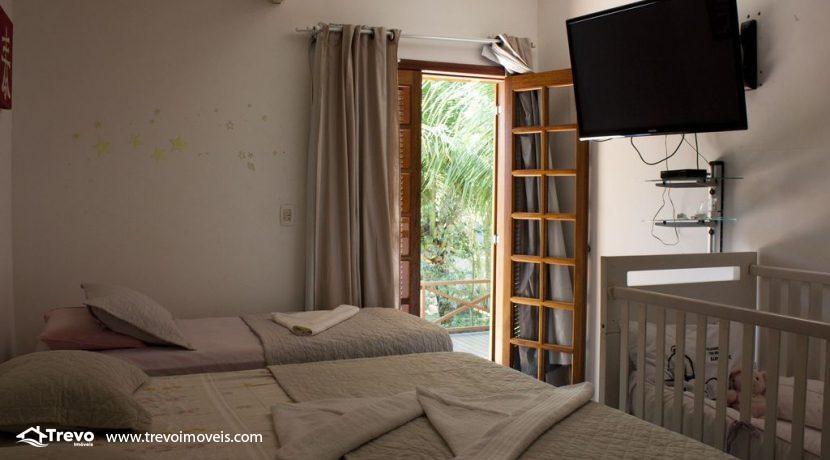 Linda-casa-a-venda-em-Ilhabela-perto-da-praia16