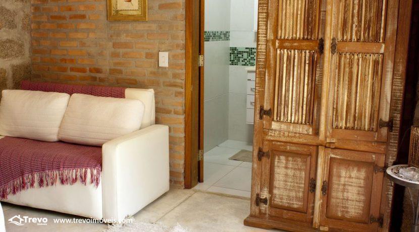 Linda-casa-a-venda-em-Ilhabela-perto-da-praia23