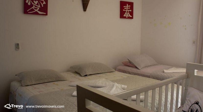 Linda-casa-a-venda-em-Ilhabela-perto-da-praia39