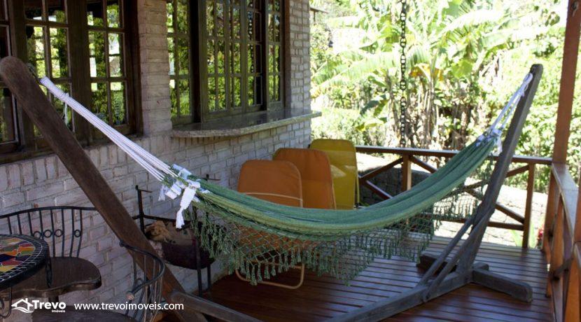 Linda-casa-a-venda-em-Ilhabela-perto-da-praia41