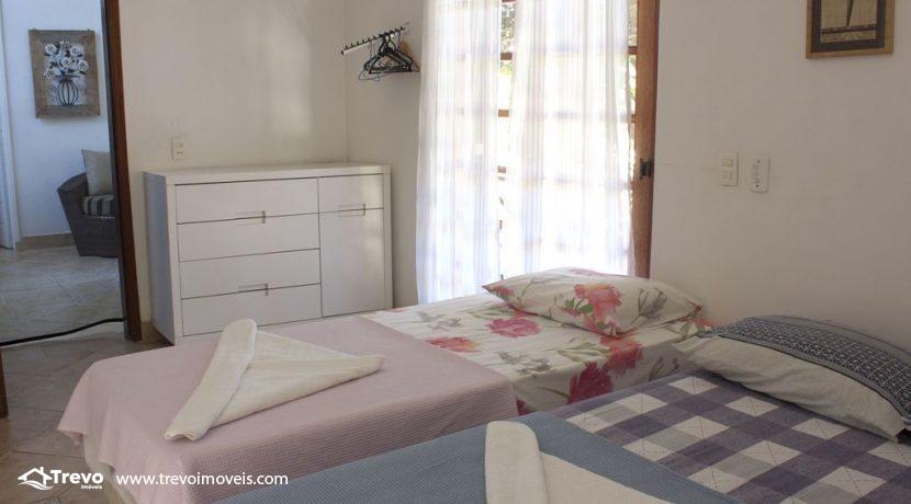 Linda-casa-a-venda-em-Ilhabela-perto-da-praia45