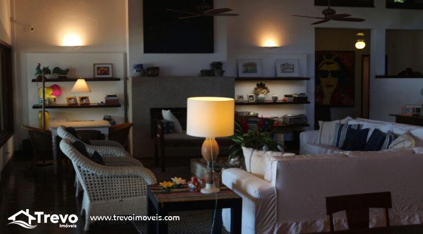 Casa-a-venda-em-Ilhabela-na-costeira-com-pier15