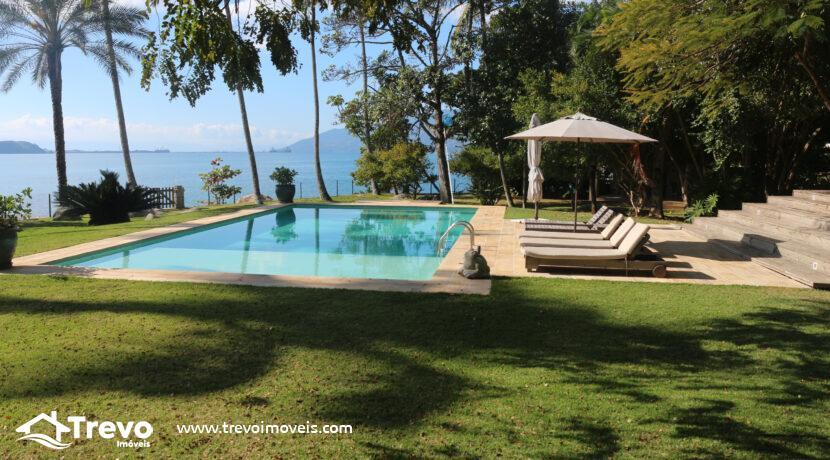 Casa-a-venda-em-Ilhabela-na-costeira-com-pier6