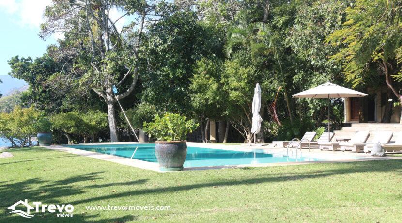 Casa-a-venda-em-Ilhabela-na-costeira-com-pier7