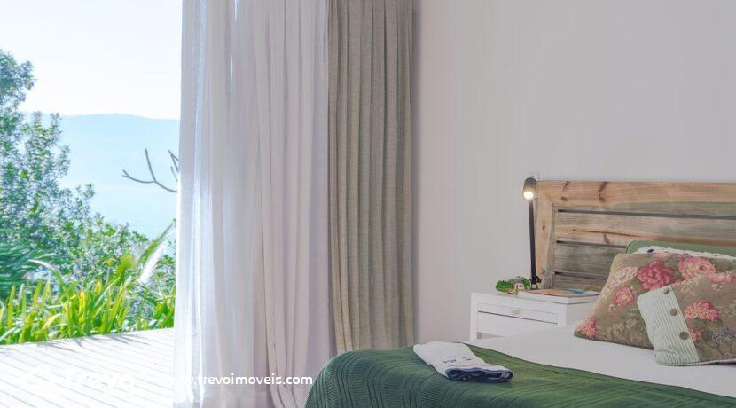 Casa-de-luxo-a-venda-em-Ilhabela-na-costeira3