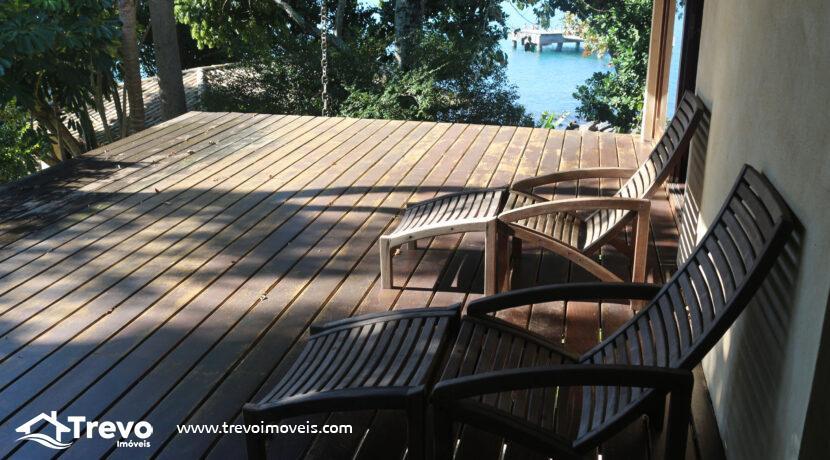 Linda casa de alto padrão na costeira com pier39
