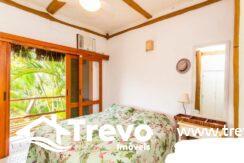 Casa-charmosa-a-venda-em-Ilhabela-em-condomínio-de-luxo12