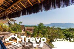 Casa-charmosa-a-venda-em-Ilhabela-em-condomínio-de-luxo15