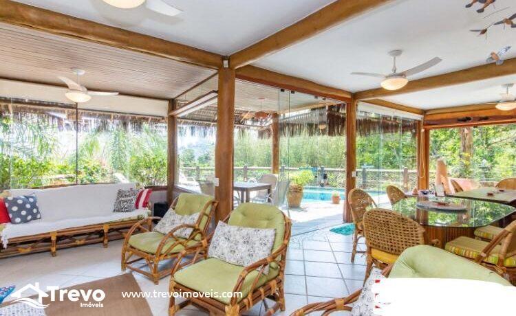 Casa-charmosa-a-venda-em-Ilhabela-em-condomínio-de-luxo16