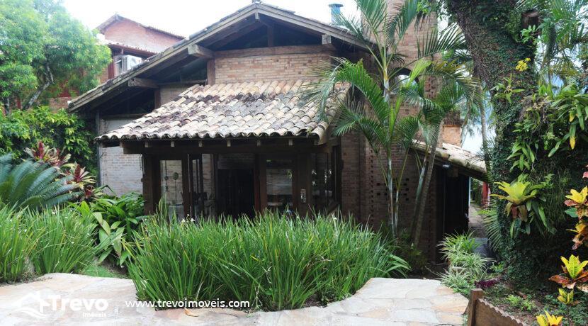 Casa-charmosa-a-venda-na-costeira-em-Ilhabela27