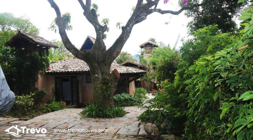 Casa-charmosa-a-venda-na-costeira-em-Ilhabela29
