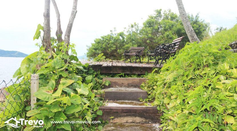 Casa-charmosa-a-venda-na-costeira-em-Ilhabela4