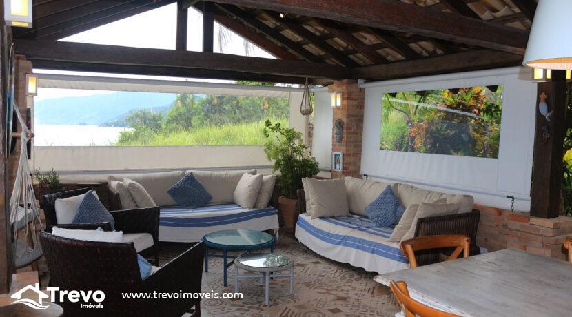 Casa-charmosa-a-venda-na-costeira-em-Ilhabela9