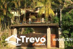 Casa-com-vista-para-o-mar-em-condomínio-Fechado17
