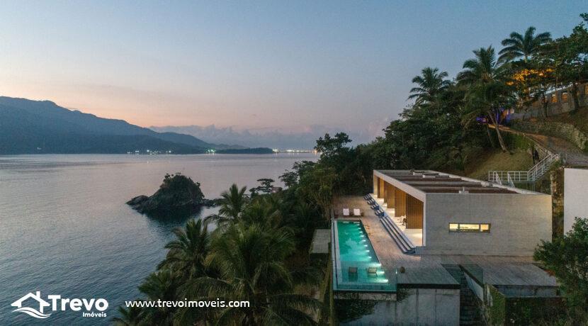 Casa-de-luxo-frente-ao-mar-a-venda-em-Ilhabela