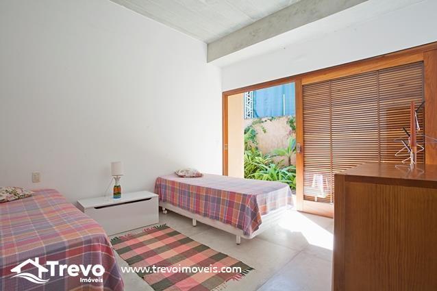 Casa-pé-na-areia-a-venda-em-Ilhabela10