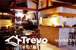Casa-charmosa-a-venda-em-Ilhabela-com-vista-para-o-mar13