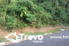 Terreno-a-venda-em-Ilhabela-com-cachoeira