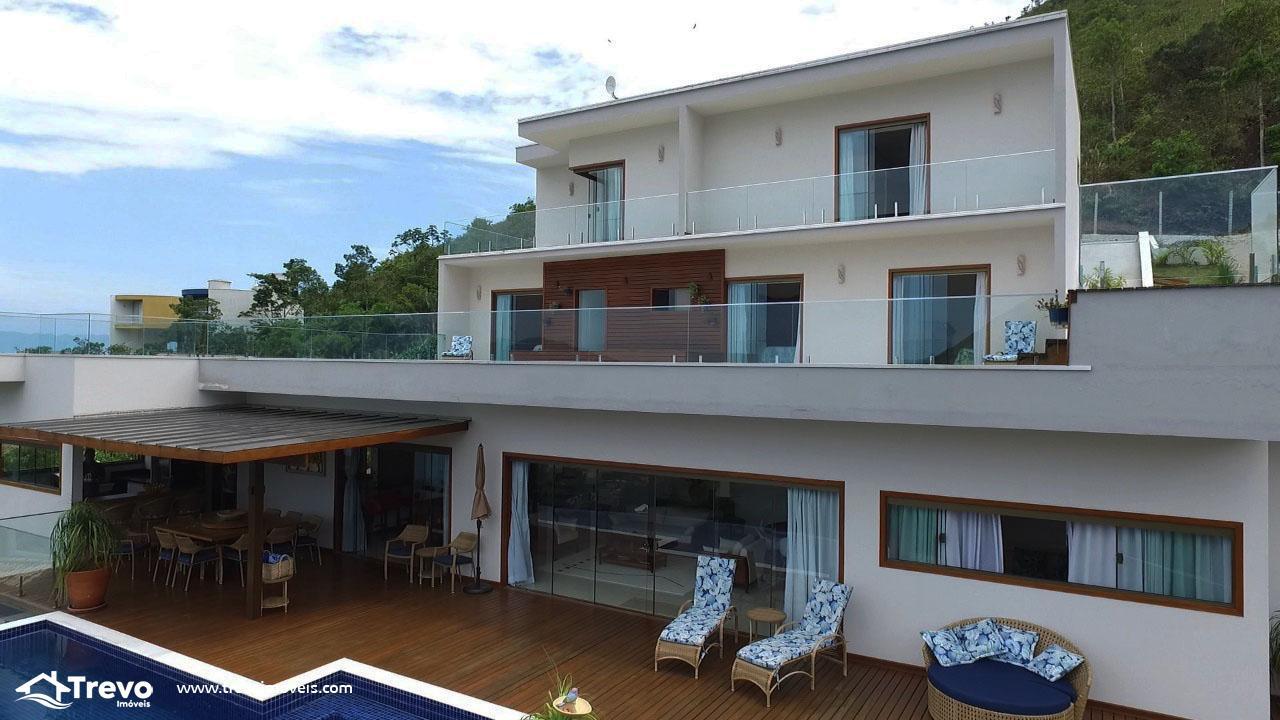 Casa de luxo em Ilhabela com vista para o mar
